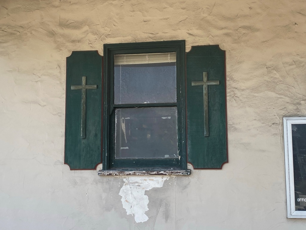 176 Central window