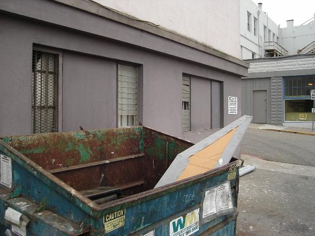 Dumpster Holmans 080720b