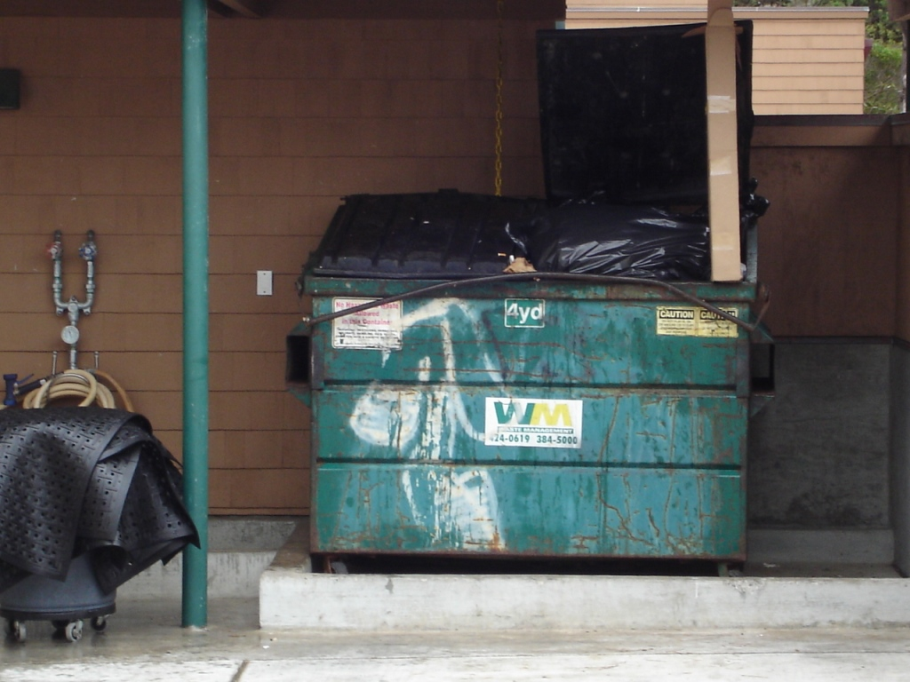 Dumpster PG Golf 080824