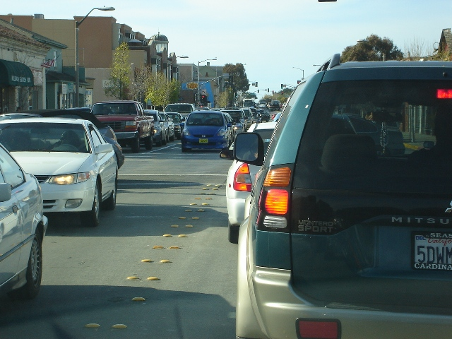 Lighthouse Ave Traffic