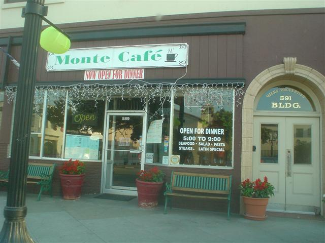Monte Cafe Ice Lights
