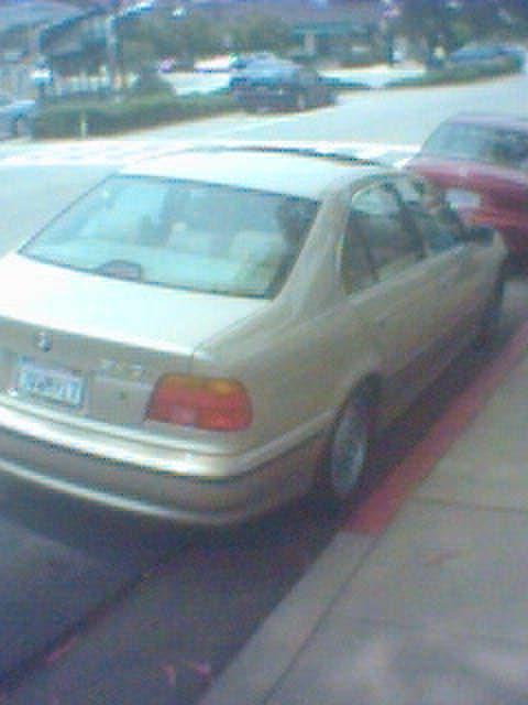 Parking Beemer Redzone